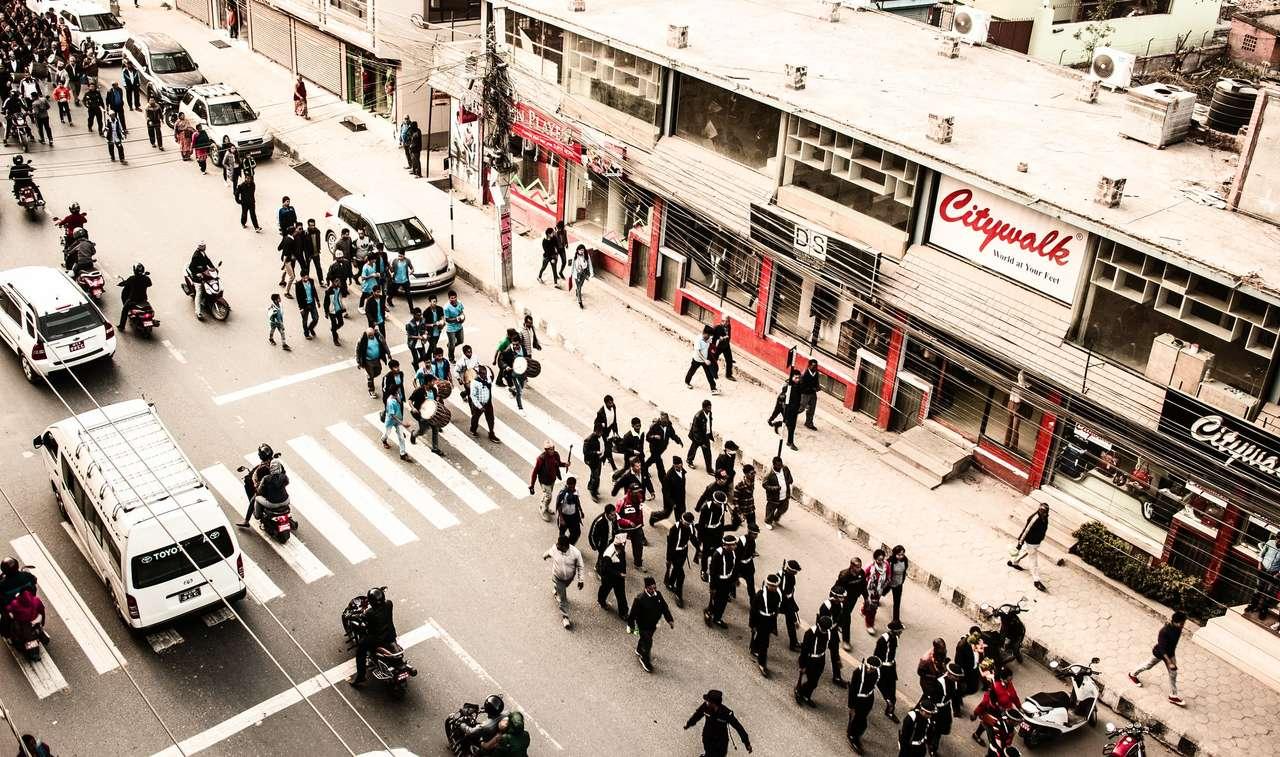Káthmándú - Nepál - Ulice Káthmándú - Nepál (16×10)