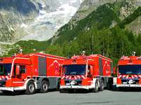 Tunnel fire engines Mont Blanc tunnel