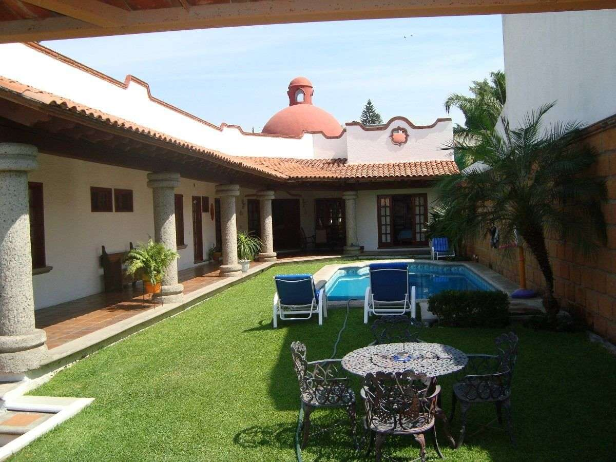 skattemyndigheter - Hus i Hacienda-stil (12×9)