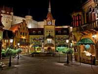 Disneyland di notte - California