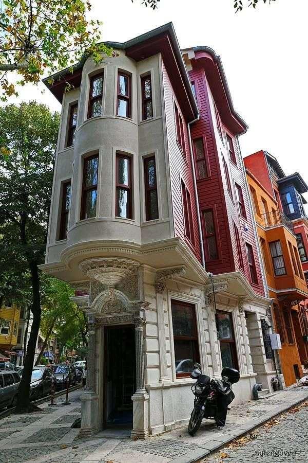 ház Isztambulban - m (7×11)