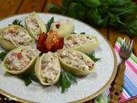 shells with tuna