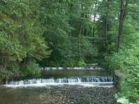 Малки водопади