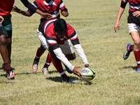 férfi piros-fehér csíkos focimezben