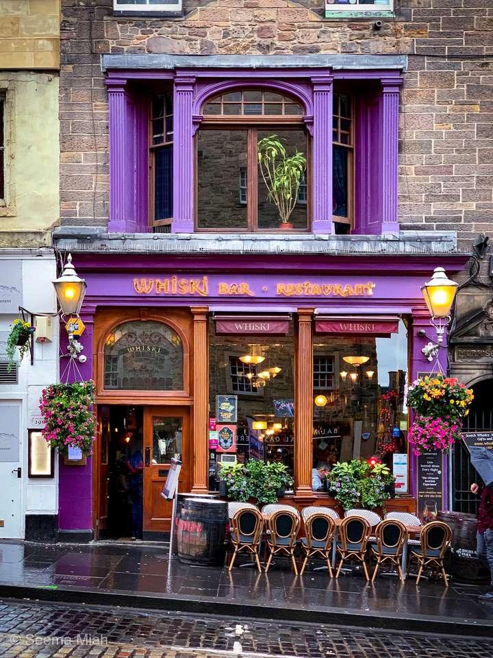 Edinburgh Whisky Bar (10×14)