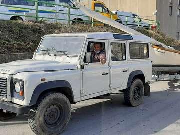 Caminhão Land Roverco Itália