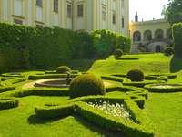 Замъка градина в Кромериж