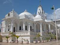 ο ναός jinian στη Μομπάσα