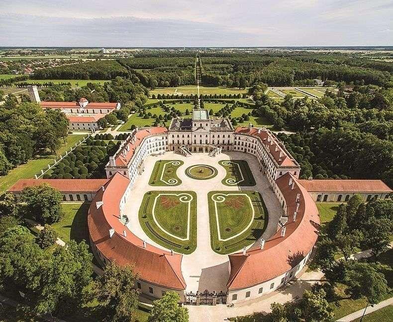 Palácio Esterhazy na Hungria (14×12)