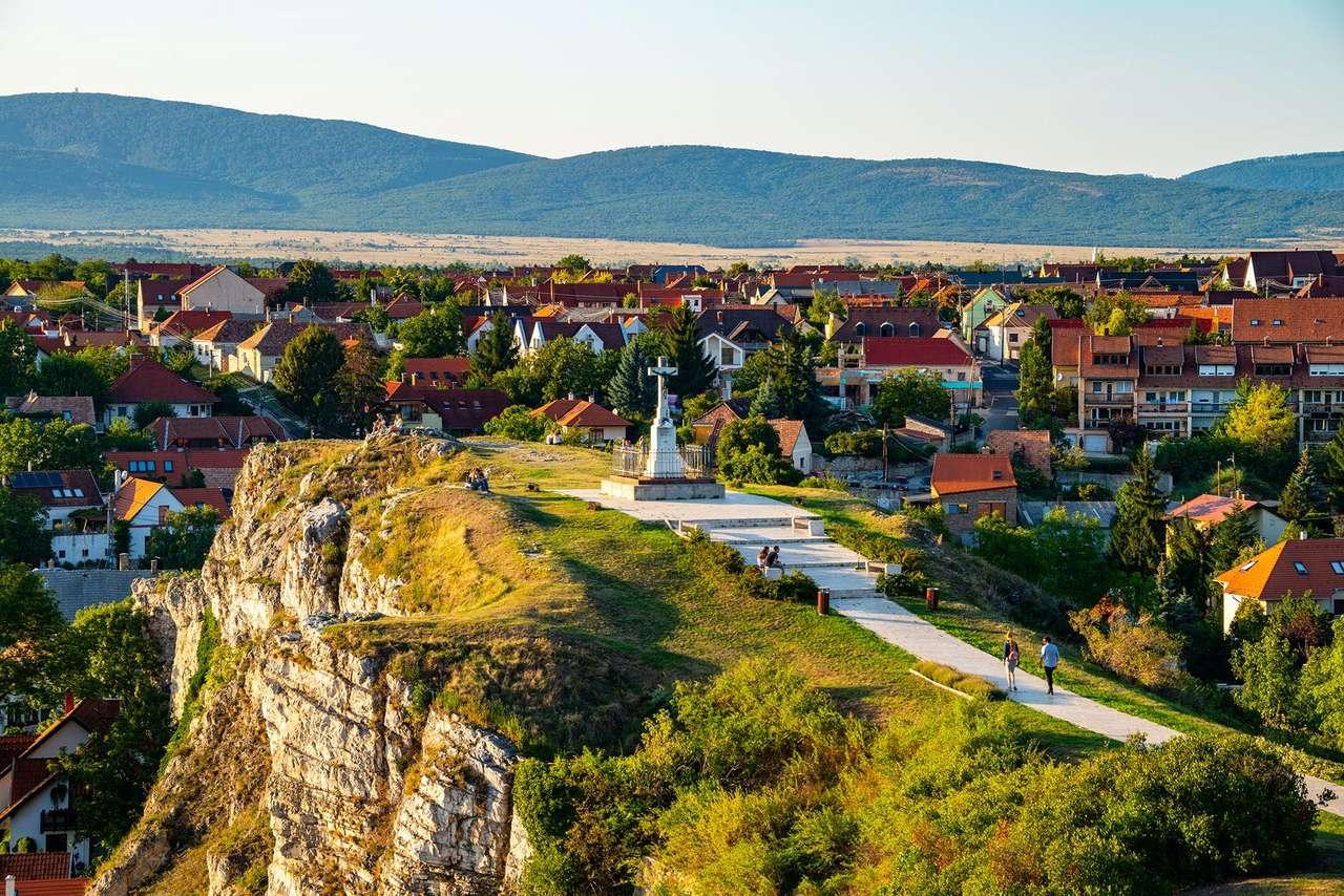 Colina do Castelo de Veszprem na Hungria (16×11)