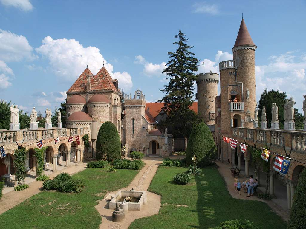 Castillo de Bory var en Hungría
