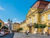 Palacio del obispo Szekesfehervar en Hungría