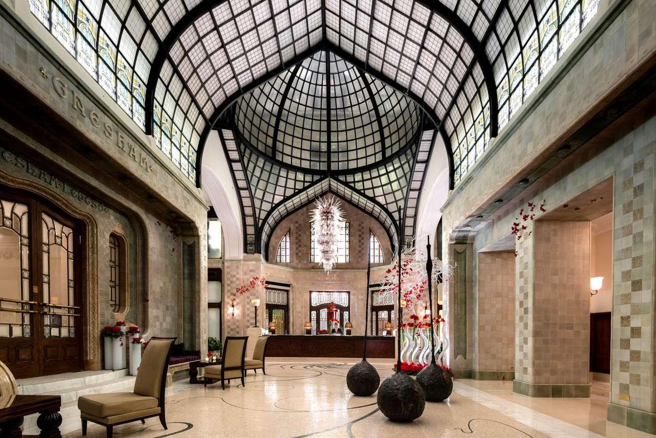 Budapest Hotel Gresham in Hungary (16×11)