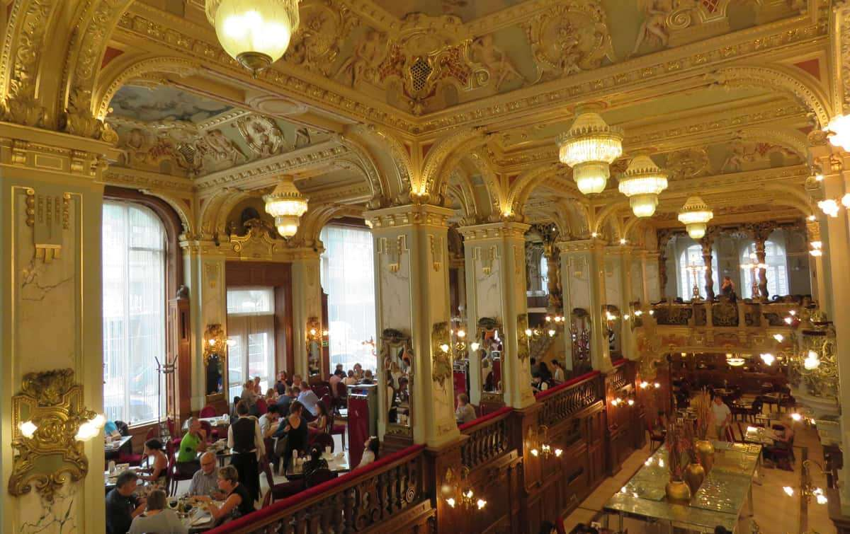 Budapest Cafe Alexandria in Hungary (17×11)