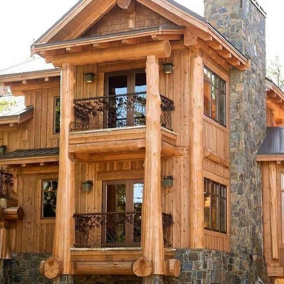 сладка дървена и каменна къща (20×20)