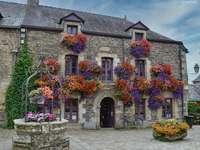 Rochefort en Terre, nájemní dům