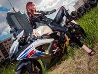 motorka, žena