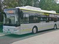 Bus chino en Jelenia Góra