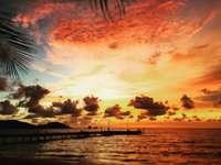 Superbe coucher de soleil - vie insulaire