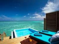 Maledivy, hotel