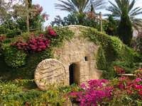 Easter of Jesus Resurrection The grave is empty jigsaw puzzle