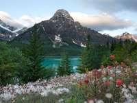 jezioro w górach puzzle online