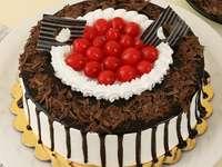 Κέικ σοκολάτας με φράουλες