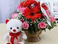 Virágok egy kosárban