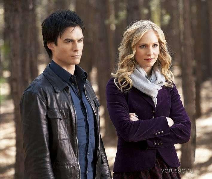 Damon és Caroline kirakós