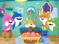 Glückliche Familienhaie