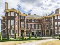 Um edifício histórico na Inglaterra