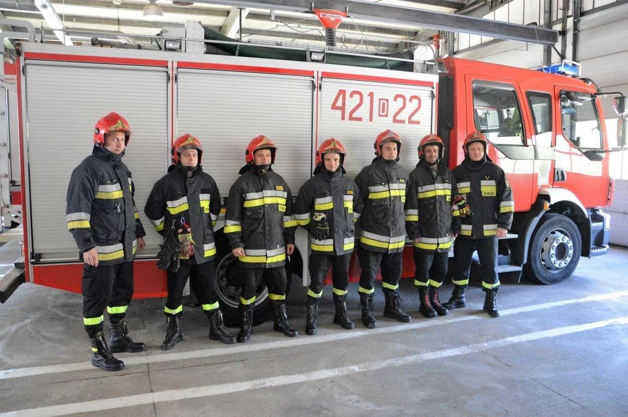 Vigili del fuoco durante il lavoro
