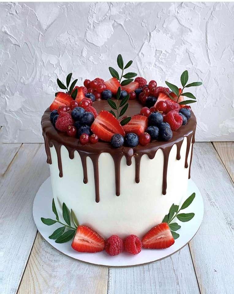 Cake met fruit
