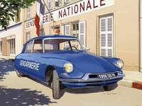 Citroen DS Gendarmerie.