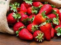 Пресни ягоди