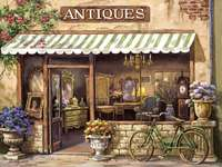 Vieja tienda de antigüedades