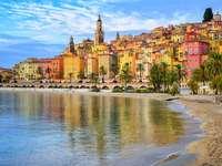 Altstadt Menton auf französischer Riviera, Frankreich