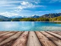 Езеро в Алпите