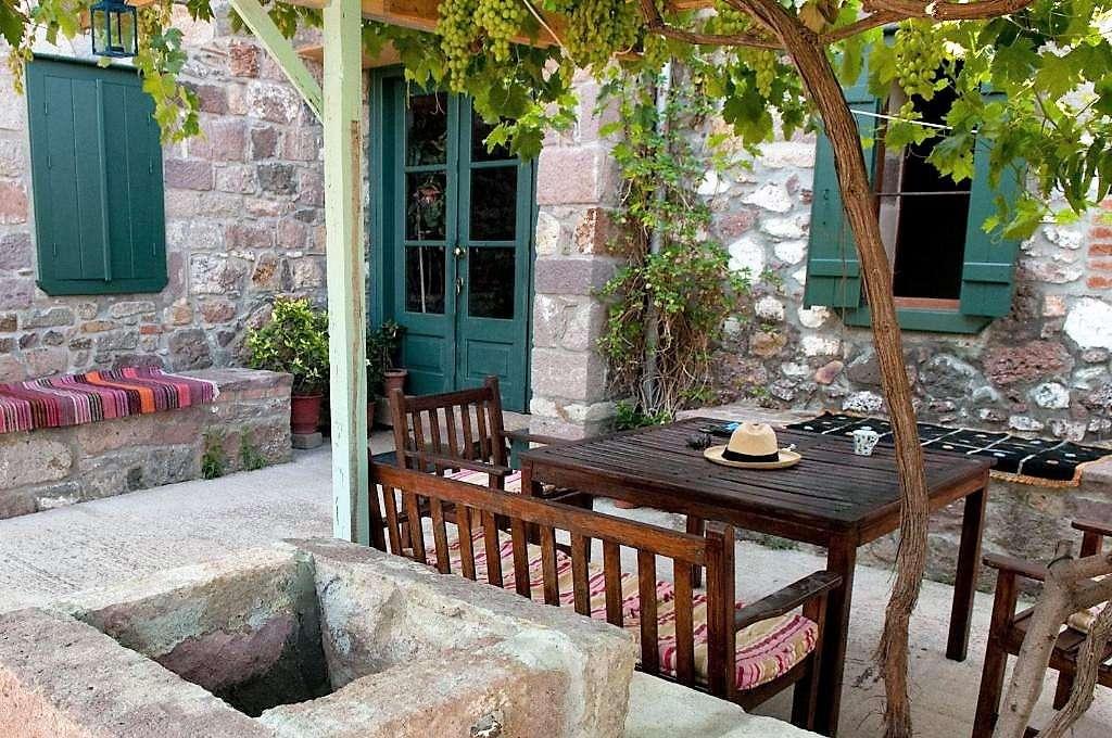 Gavatas op Lesbos Greek Island