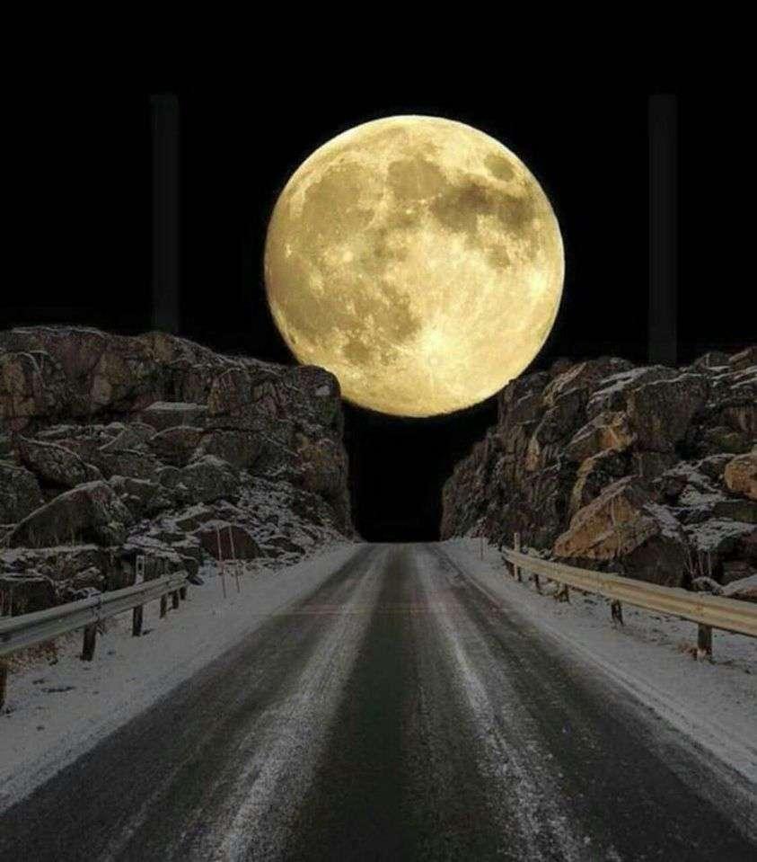 mån över väg
