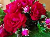 velmi červená kytice