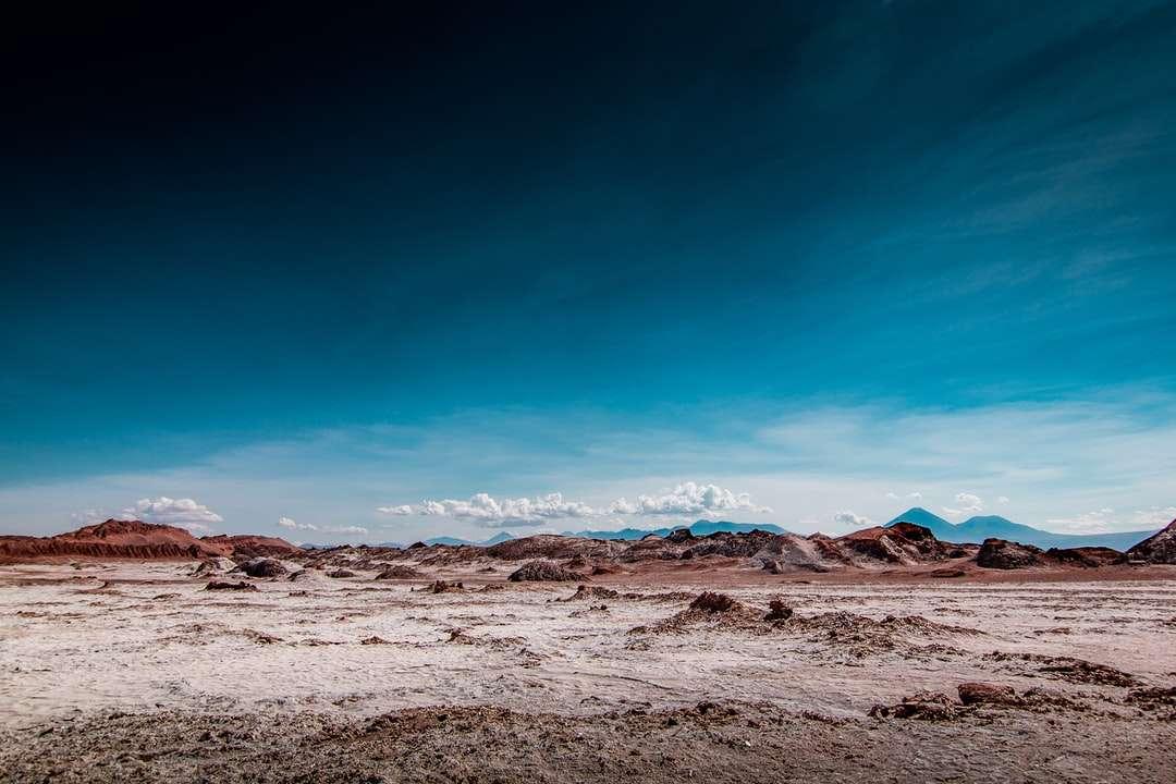 duna del deserto con cielo blu